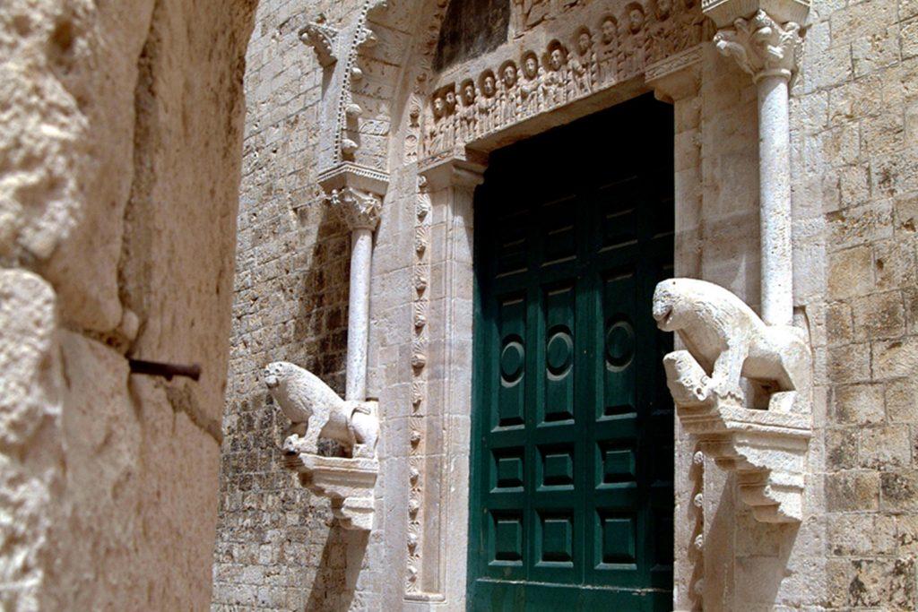 chiesa di santa maria della colonna a rutigliano